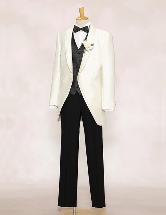 Tuxedo<br>モードホワイト