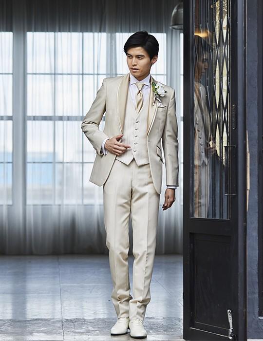 Premium Tuxedo<br>フレンチベージュ